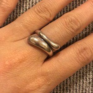 Tiffany & co. Elsa peretti teardrop ring size 6